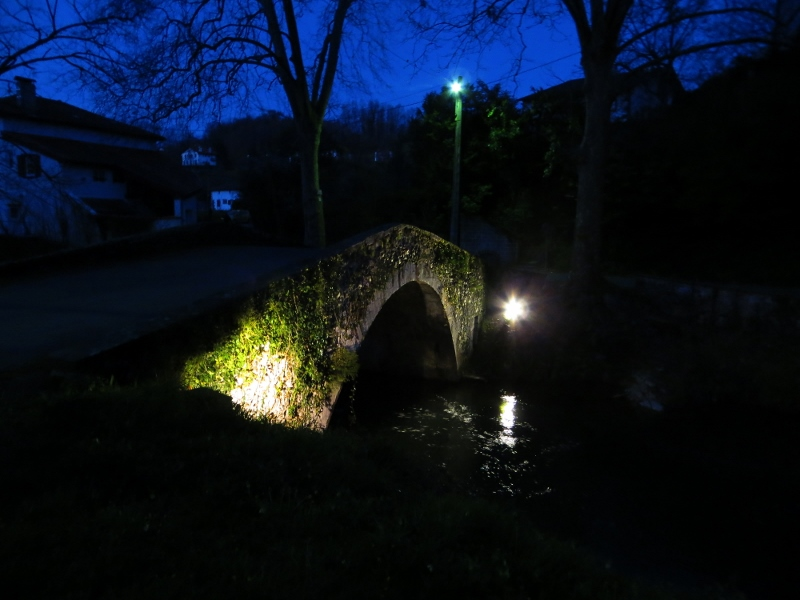 Leaving very early in the morning to cross the old Roman bridge to begin the Camino