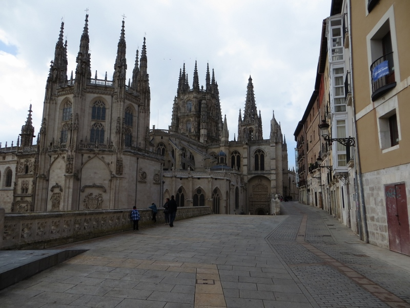 This is the backside of the Burgos cathedral. It is so large that it is very difficult to photograph.