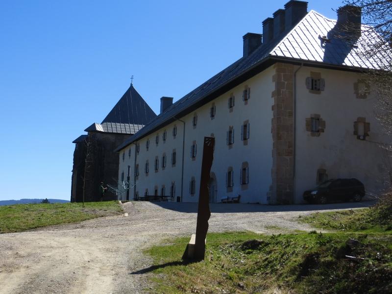 The huge albergue in Rocelvalles!