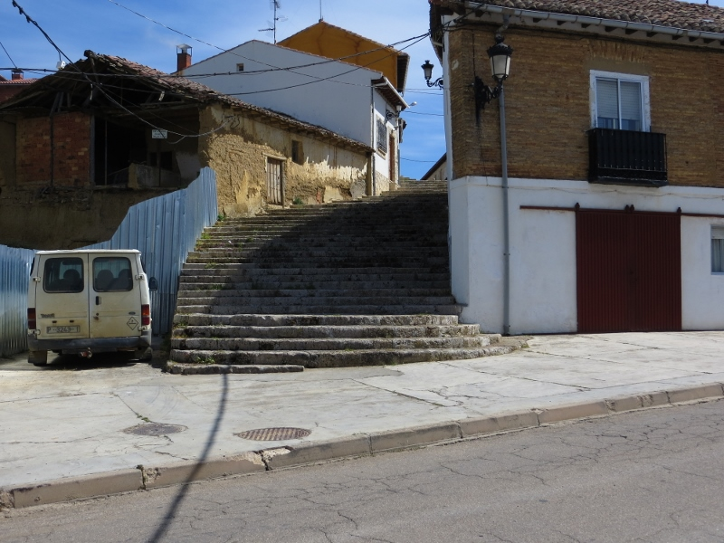 This stairway was in Carrion de los Condes. I have many more pictures of stairways than I can possibly share in this blog.