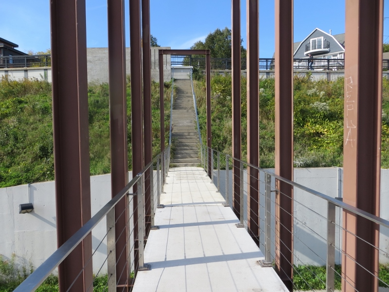 Here's the final flight of stairs leading to the top. The stairway has a total of 116 steps.